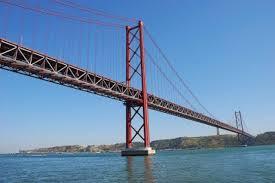 puente del 25 de abril en parís